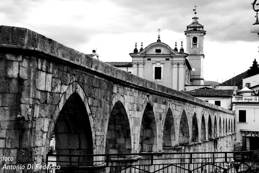 Sulmona Acquedotto medievale (1)